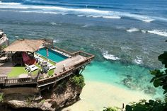 Your Ultimate Guide to Uluwatu, Bukit Peninsula, Bali. Find out the best things to do in Uluwatu, the best places to stay, and where to eat. Perfect Place, The Good Place, Uluwatu Temple, Bali Travel Guide, Learn To Surf, Mai Tai, Lombok, Ubud, Solo Travel