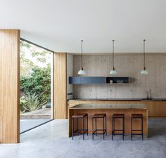 The Pear Tree House by Edgley Design is a beautiful example of modern architecture. Architecture Wallpaper, Interior Architecture, London Architecture, Timber Battens, Interior Minimalista, Modern Kitchen Design, Interiores Design, Home Decor Inspiration, Kitchen Interior