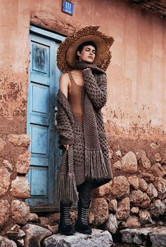 Vogue México Dezembro 2014 | Alana Bunte por Alexander Neumann [Editorial] Pinned by www.LKnits.com