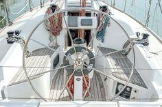 Il pozzetto di una delle nostre imbarcazioni #pozzetto #navigare