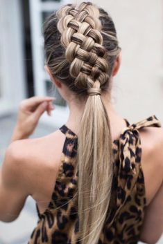 Braided Ponytail ❤️ Braided mohawk is a hairstyle., Braided Ponytail ❤️ Braided mohawk is a hairstyle that will teach how to look unique. Check out the combination of the . Braided Ponytail Hairstyles, Box Braids Hairstyles, Wedding Hairstyles, Cool Hairstyles, Ponytail Easy, Hairstyles Haircuts, Mohawk Updo, Easy Chignon, Fun Ponytails