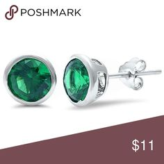 """Bezel Round Simulated Emerald Stud Earrings Bezel Stud Earring 6mm Round Simulated Emerald Green 925 Sterling Silver Solitaire Stud Earrings  """"Item Specifications:  Metal Type: 925 Sterling Silver.  Metal Stamp or Hallmark: 925. Face Measurements from south to North (Height): Select Size. Germstone creation method: Simulated.    Condition: New Without Tags.  Earrings Puff Pad Included.  Gift box included   Ship from Los Angeles, CA""""  Product Code: 6MM-RD-BZ-EM Blue Apple Co. Jewelry Earrings"""