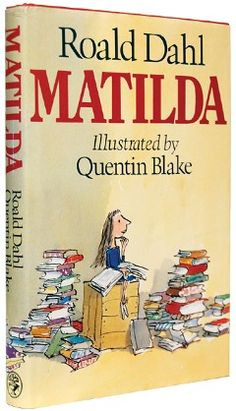 Matilda, Roald Dahl was a amazing author and this is one of my favorite childhood books. I Love Books, Great Books, Books To Read, My Books, Story Books, Matilda Roald Dahl, Children's Literature, Classic Literature, Conte