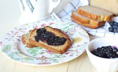 Homemade blueberry preserves without pectin or processed sugar #paleo #scd
