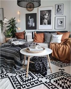 Deco Cool, Decoration Inspiration, Decor Ideas, Decorating Ideas, Decorating Websites, Bohemian Decorating, Home Decoration, Interior Decorating, Vase Ideas