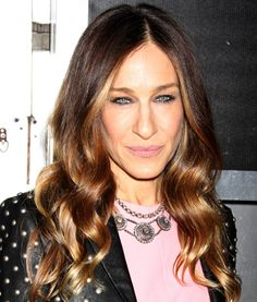 Sarah Jessica Parker's Brown Ombre With Face-Framing Highlights