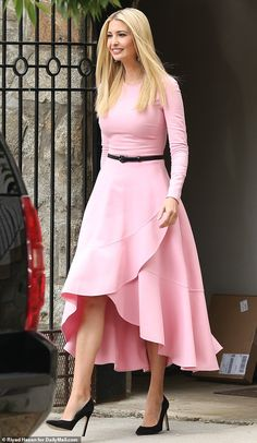 Ivanka Trump Clothes and Outfits Ivanka Trump Style, Ivanka Trump Dress, Old Navy, Girl Trends, Silk Gown, Star Fashion, Women's Fashion, Flare Skirt, High Waisted Skirt