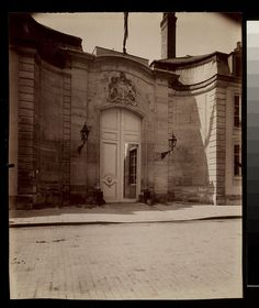 Digital Accession Number: 1981:0952:0016.0001  Maker: Eugène Atget (French, 1857-1927)  Title: Hotel de Charost - Pauline Borghese - Ambassade d'Angleterre 39 Fbg. St. Honore (8e arr)  Date: 1901  Medium: albumen print  Dimensions: 21.6 x 17.6 cm. (trimmed)   George Eastman House Collection  General – information about the George Eastman House Photography Collection is available at www.eastmanhouse.org/inc/collections/photography.php.  For information on obtaining reproductions go to…