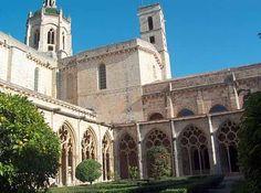 Claustro del monasterio cisterciense de Santes Creus