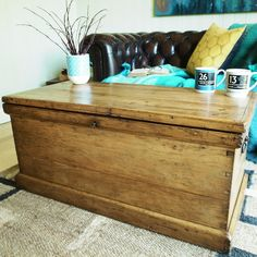 VINTAGE TRUNK Storage Chest VICTORIAN TOOL CHEST Pine Blanket Box COFFEE  TABLE