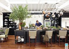 One of my faves! a black kitchen - Image via House Beautiful