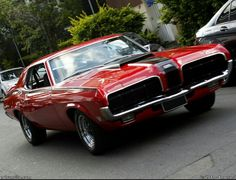 70' Cougar Eliminator. Damn. I love this car...