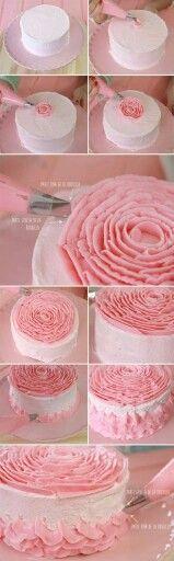 Rose on cake
