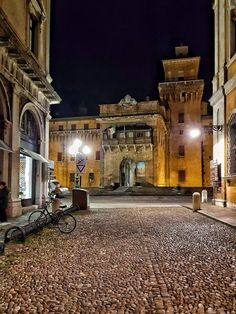 Castello Estense visto da Corso Ercole I D'Este Barbara Bugelli ph