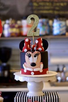 63 Ideas Birthday Girl Cake Minnie Mouse For 2019 Minni Mouse Cake, Bolo Do Mickey Mouse, Mickey And Minnie Cake, Minnie Mouse Birthday Cakes, Bolo Minnie, Red Minnie Mouse, Mickey Cakes, Mickey Birthday, Birthday Cake Girls