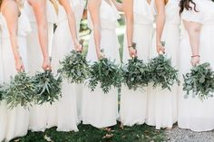 Greenery bouquets for September outdoor wedding || Modern minimalist white wedding