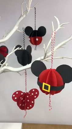 Paper Mickey Mouse Ornaments CUTEST Mickey Mouse Ornaments made for Disney Fans. and the best bit? You only need paper to make these fantastic Disney Inspired Christmas Ornaments. Mickey Mouse Ornaments, Mickey Mouse Crafts, Mickey Mouse Christmas, Mickey Mouse Decorations, Disney Mickey Mouse, Disney Christmas Crafts, Disney Crafts, Christmas Diy, Craft Ideas