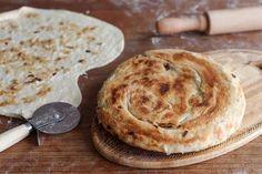 לא צריך להתפיח. טוטואי - לחם קווקזי במחבת ( צילום: קירה קלצקי )
