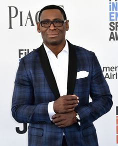 A gallery of photos from the 2017 Spirit Awards red carpet and show. David Harewood, Red Carpet Makeup, Spirit Awards, Martian Manhunter, Amazing Red, Celebrity Red Carpet, Red Carpet Looks, Beauty Industry, Supergirl