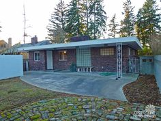 1955 mid-century modern house time capsule - just 1,300 s.f., but packed with spectacular - Retro Renovation