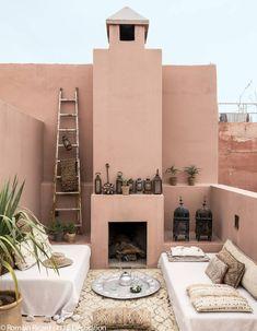 Marrakech : nos meilleures adresses déco - Elle Décoration Moroccan Interiors, Moroccan Decor, Moroccan Style, Exterior Colors, Exterior Design, Interior And Exterior, Boutique Interior Design, Home Interior Design, Riad Marrakech