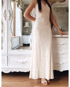 Izia Douceur 8 nouveautés ! Disponible en 2 couleurs au / Available in 2 colors on www.1861.ca Découvrez notre nouvelle boutique soeur @boudoir1861 / Discover our new bridal boutique #boutique1861 #weddingdress #vintagewedding #lace #promdress #prom2016 #graduationdress #bridesmaids #pastel #prettydress #vintagestyle #ootdmontreal #summerwedding #mtlmoment #shabbychic #vintagedecor by boutique1861