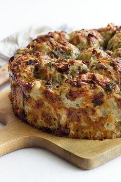 Kräuter-Käse-Pizzabrot Mehr