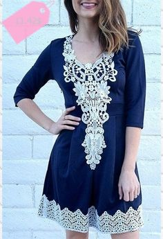 Stylish Women's 12 Sleeve Lace Splicing Round Neck A-Line Dress