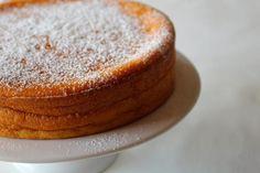 bolocenoura1 Portuguese Desserts, Portuguese Recipes, Cheesecakes, Cake Recipes, Dessert Recipes, Tasty, Yummy Food, No Bake Cake, Food Inspiration