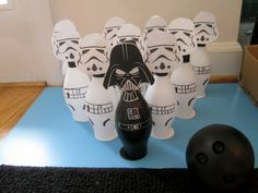 """""""The Empire Strikes Back"""" - Easy DIY Star Wars party game"""