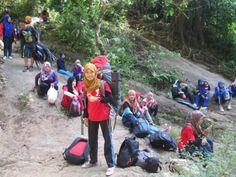 Fun hiking with AKMAPALA at Gunung pulo sari in Pandeglang, Banten
