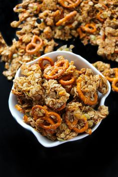 A super yummy and flavorful pumpkin spiced granola, sweetened with brown sugar, vanilla extract, and honey, and loaded with fall goodies like cinnamon, dried cranberries, and pumpkin seeds. Oh, and don't forget the pretzels… it's my all time favorite granola add-in. Sometimes…. sometimes you just need a whole bag of granola clusters and forget all …