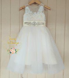 677d1cd1d4d Sweet Cream Ivory White Tulle Flower Girl Dress lace Bodice Sleeveless  Princess Party Dress Knee Length Tea Length Floor length fully custom