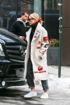 Hailey Baldwin wearing Adidas Continental 80 Shoes Alberta Ferretti Faded High-Rise Straight-Leg Jeans Philosophy di Lorenzo Serafini Oversized Turtleneck Sweater Off-White c/o Virgil Abloh Pre-Fall 2019 Coat Source by turtleneck outfit winter Estilo Hailey Baldwin, Hailey Baldwin Style, Mode Outfits, Chic Outfits, Fashion Outfits, Modest Fashion, Men Fashion, Style Fashion, Fashion Tips