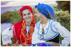 Mediterranean People, Caucasian Race, Portuguese Culture, Cultural, Folklore, Beauty, Family Photography, Dibujo, Traditional