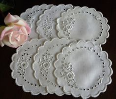 Set of 6 Vintage Whitework Doilies with Rose Embroidery ❤ ❤ ❤ Cutwork Saree, Cutwork Embroidery, Butterfly Embroidery, Flower Embroidery Designs, White Embroidery, Embroidery Stitches, Embroidered Pillowcases, Linens And Lace, Bag Patterns To Sew