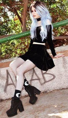 """Résultat de recherche d'images pour """"girl gothic hard"""""""