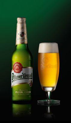 Cerveza Pilsner Urquell ha conseguido mantenerse con el paso del tiempo como la cerveza de referencia por su sabor y color característicos.