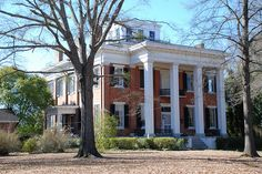 Riverview or Charles McLaran House in Columbus, MS built 1851 - krunkatecture Southern Plantation Homes, Plantation Style Homes, Southern Mansions, Southern Plantations, Southern Homes, Southern Style, Southern Architecture, Revival Architecture, Beautiful Architecture