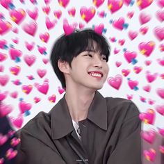 Meme Faces, Funny Faces, Nct Taeil, Cute Love Memes, Nct Doyoung, Sm Rookies, Good Smile, Baby Boy Newborn, Reaction Pictures
