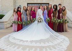Lauren Duggar Wedding Dress Lovely Pin by Professional Graphy Tips On Wedding Graphy Jessa Duggar Wedding Dress, Duggar Girls, Duggar Family, Joy Anna Duggar, Jinger Duggar, Star Wars Wedding, Top Wedding Dresses, Wedding Wishes, Boyfriends