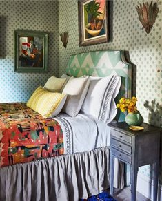 My Living Room, Living Area, Old Stone Houses, Guest Bed, Guest Rooms, Dcor Design, Vintage Chairs, Beautiful Bedrooms, Elle Decor