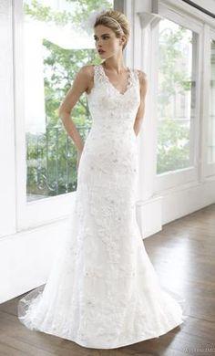 Sample Moonlight Wedding Dress H1219 Size 4
