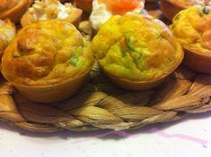 Ideali come contorno o come aperitivo questi muffin salati sono facilissimi e velocissimi da preparare!