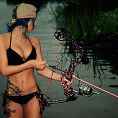 Bow Hunting Girl, Bow Hunting Women, Mädchen In Uniform, Archery Girl, Archery Bows, Redneck Girl, Fishing Girls, Fishing Stuff, Fishing Rods