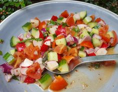 This radish, cucumber and tomato salsa is an easy summer salad that can be served as a side dish or condiment. It goes particularly well with barbecued meat or perfect in burgers and wraps! You can give it a kick by adding a chilli! Easy Summer Salads, Cucumber, Salsa, Side Dishes, Canning, Meat, Burgers, Ethnic Recipes, Wraps