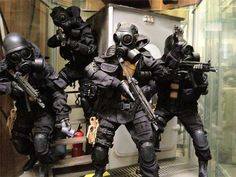 kevinwan5.wix.com 23 most intimadating armed forces images ever. 2) British SAS