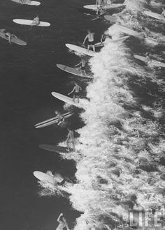 Vibes: How to Bring the Outdoors Inside Allan Grant—Time & Life Pictures/Getty Images Malibu, Calif. Surf Vintage, Vintage Surfing, Vintage Style, Vans Surf, Photo Surf, The Ventures, Surfing Pictures, Ocean Pictures, Life Pictures
