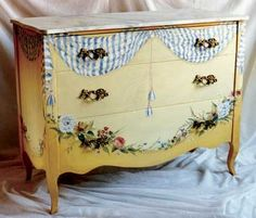 LOVE - a one of a kind look to hold beautiful things like lingerie! And has a marble top so I would put a big vase of peach roses on top to pop the painted ones! Hand Painted Furniture, Paint Furniture, Repurposed Furniture, Furniture Makeover, Cool Furniture, Modern Furniture, Decoration, Art Decor, Home Decor