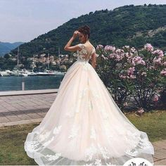 Princess Gowns, Wedding Gowns, Reading, Books, Fashion, Homecoming Dresses Straps, Moda, Girls Princess Dresses, Bridal Gowns